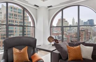 Изготовление окон в стиле лофт любой сложности, металлические окна по вашим размерам и дизайну на заказ.