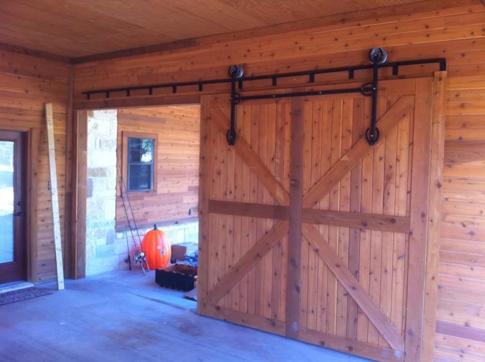 Амбарные двери в стиле лофт D010